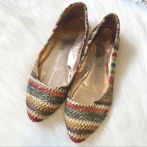 (🌸2/$25🌸) Cute stripe slip on shoes